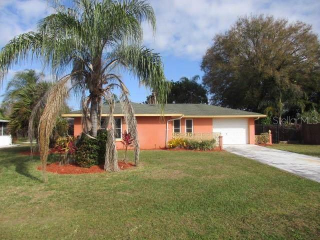 410 Cypress Avenue NW, Port Charlotte, FL 33952 (MLS #C7424967) :: Armel Real Estate