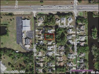 47 Tudor Street, Port Charlotte, FL 33954 (MLS #C7427935) :: The Light Team