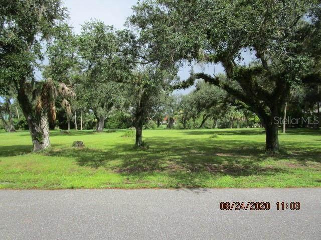 624 Harbor Drive, Labelle, FL 33935 (MLS #C7432578) :: The Duncan Duo Team