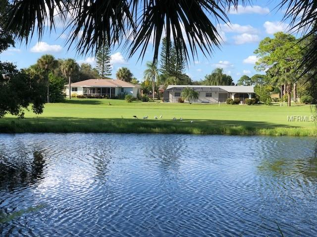 36 Oakland Hills Place, Rotonda West, FL 33947 (MLS #D6102669) :: The Price Group