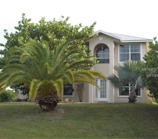 6 Hull Court, Placida, FL 33946 (MLS #D6104160) :: Homepride Realty Services