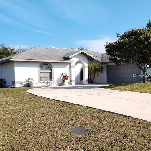 7438 Spinnaker Boulevard, Englewood, FL 34224 (MLS #D6105137) :: The BRC Group, LLC