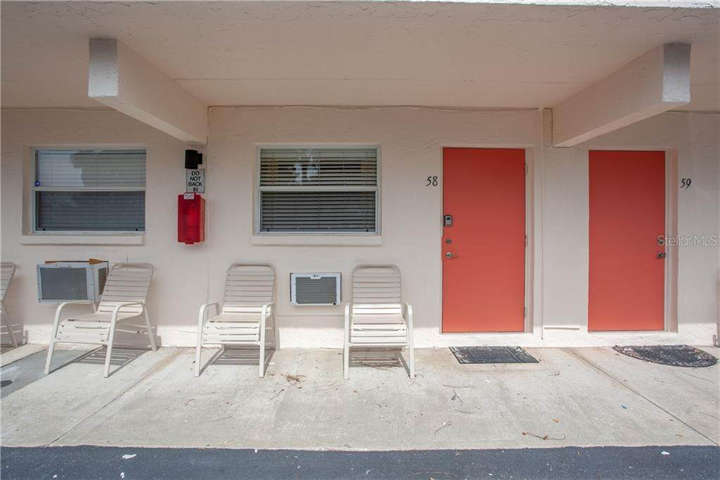 908 Villas Drive - Photo 1