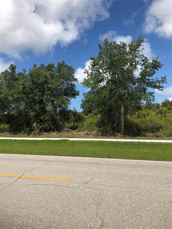 6305 Sunnybrook Boulevard, Englewood, FL 34224 (MLS #D6118724) :: Kelli and Audrey at RE/MAX Tropical Sands