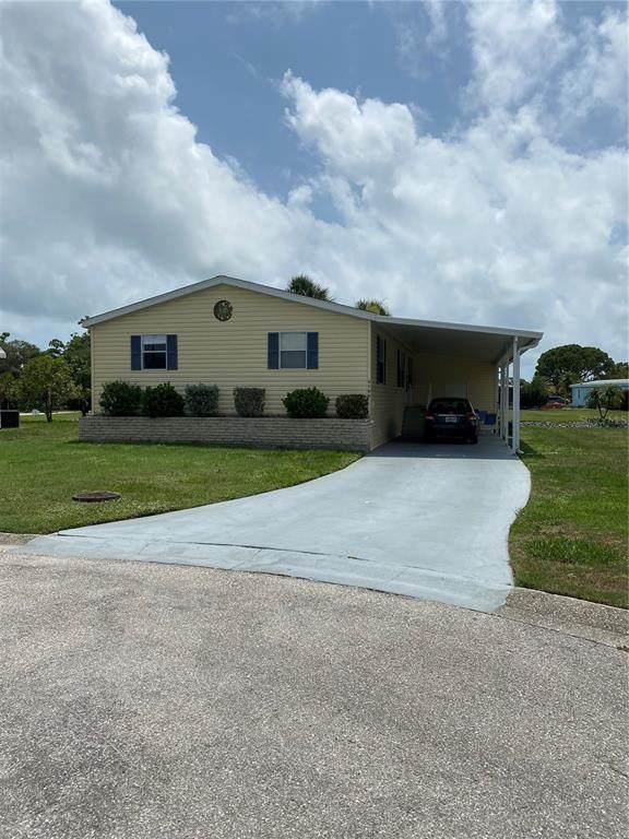3100 Goldfinch Terrace, Englewood, FL 34224 (MLS #D6119662) :: Prestige Home Realty