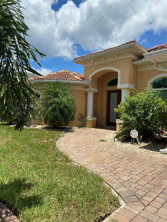 8218 Santa Cruz Drive, Port Charlotte, FL 33981 (MLS #D6120295) :: Bridge Realty Group