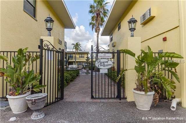 16333 Gulf Boulevard #210, Redington Beach, FL 33708 (MLS #E2205655) :: Burwell Real Estate