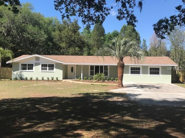 36743 Howard Avenue, Dade City, FL 33525 (MLS #E2206011) :: Griffin Group
