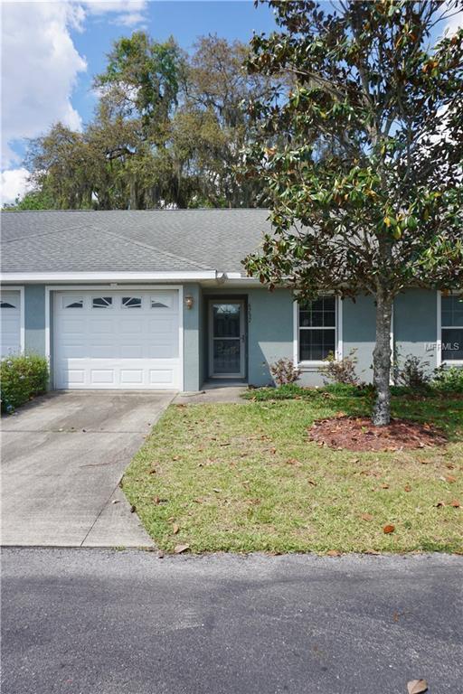 6737 Basswood Circle, Zephyrhills, FL 33542 (MLS #E2206071) :: Griffin Group