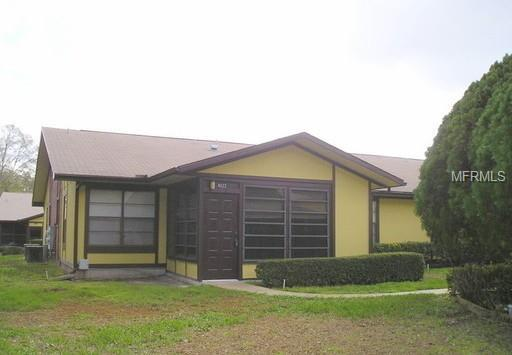 4622 Blossom Boulevard ., Zephyrhills, FL 33542 (MLS #E2400917) :: The Duncan Duo Team