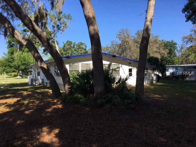 21 Golfview Trail, Wildwood, FL 34785 (MLS #G4855123) :: The Duncan Duo Team