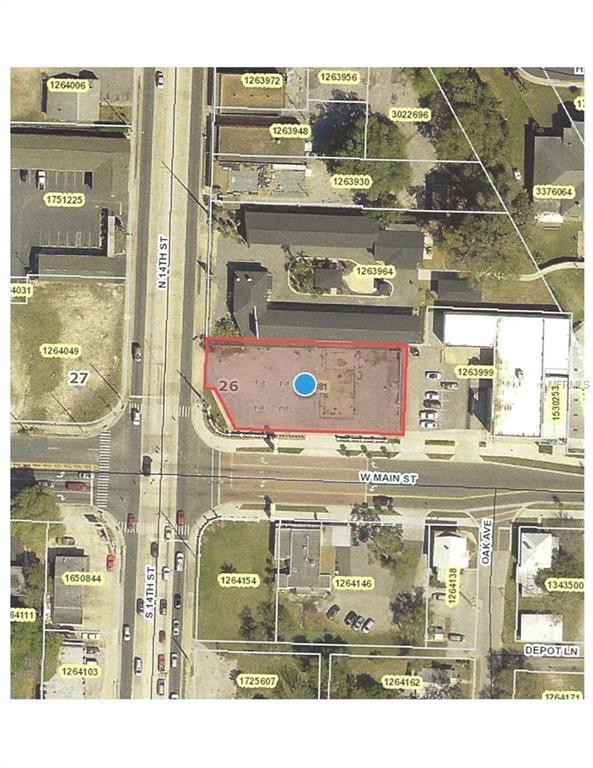 100 N 14TH Street, Leesburg, FL 34748 (MLS #G5001169) :: The Duncan Duo Team