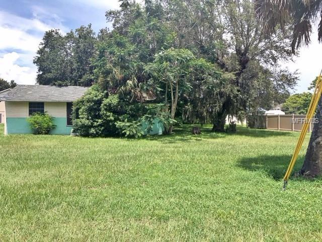 310 W Oakland Avenue, Oakland, FL 34760 (MLS #G5005485) :: The Duncan Duo Team