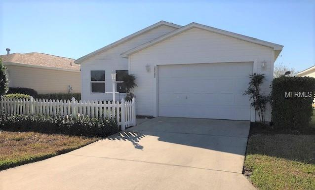 2740 Collington Drive, The Villages, FL 32162 (MLS #G5009220) :: Realty Executives in The Villages