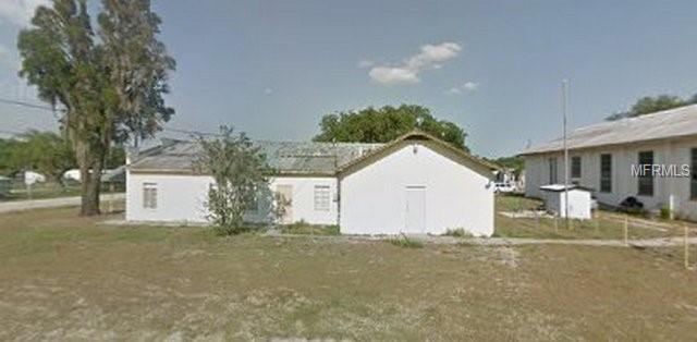 100 John Street, Frostproof, FL 33843 (MLS #G5012222) :: NewHomePrograms.com LLC