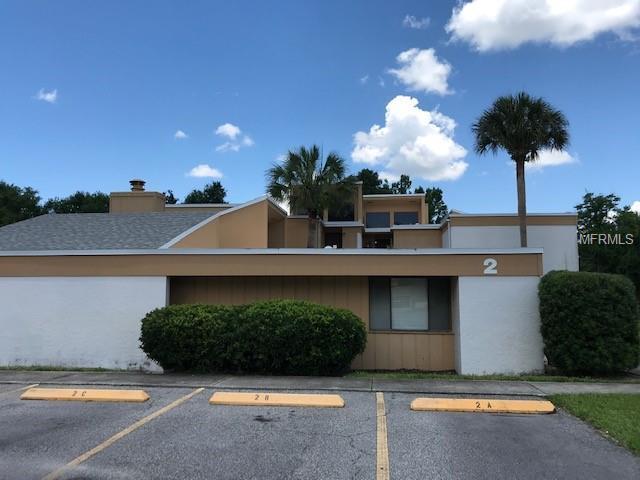 1051 S Highland Street 2B, Mount Dora, FL 32757 (MLS #G5016213) :: The Duncan Duo Team