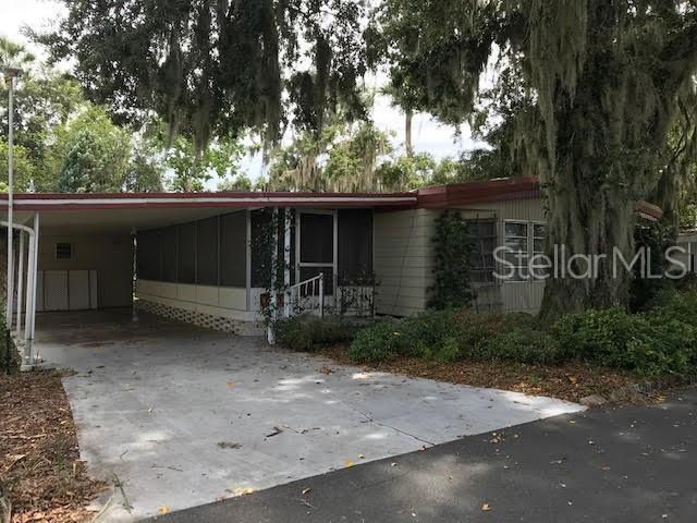 185 Palm Meadows Drive, Eustis, FL 32726 (MLS #G5017131) :: Team Bohannon Keller Williams, Tampa Properties