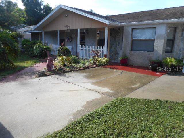 323 W Dade Ave, Bushnell, FL 33513 (MLS #G5018271) :: Griffin Group