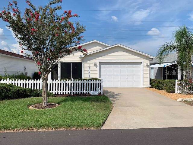 1653 Campos Drive, The Villages, FL 32162 (MLS #G5018358) :: Realty Executives in The Villages