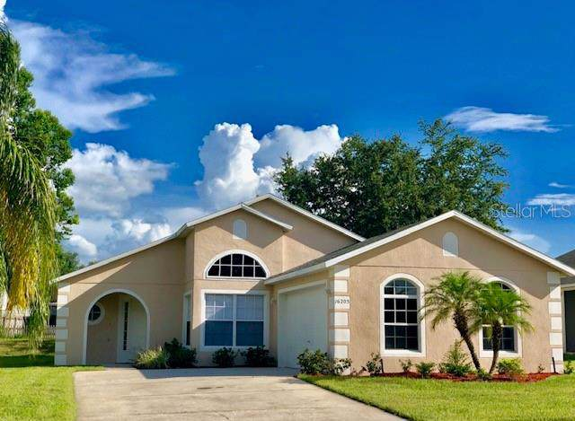 16205 Coopers Hawk Avenue, Clermont, FL 34714 (MLS #G5019624) :: Dalton Wade Real Estate Group