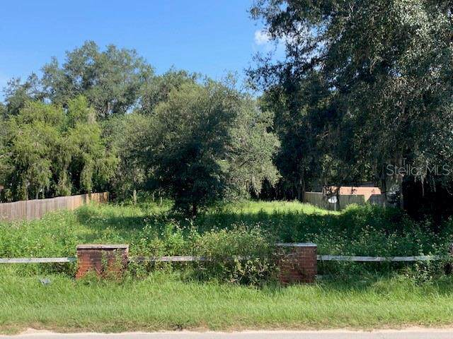 Lake Griffin Road, Lady Lake, FL 32159 (MLS #G5020314) :: Mark and Joni Coulter | Better Homes and Gardens