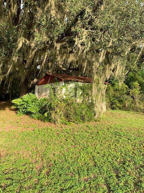 1582 S Us 301, Sumterville, FL 33585 (MLS #G5022386) :: GO Realty