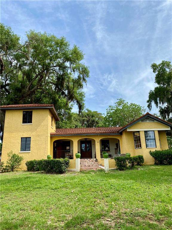 1495 Lakeshore Drive, Mount Dora, FL 32757 (MLS #G5030966) :: RE/MAX Premier Properties