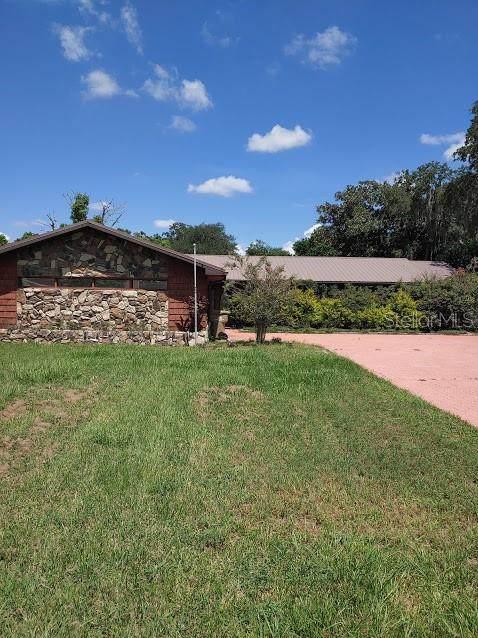 5329 Twin Palms Road, Fruitland Park, FL 34731 (MLS #G5032284) :: Armel Real Estate