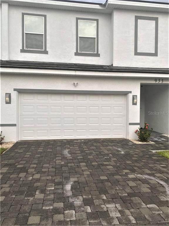 933 Centaury Drive, Poinciana, FL 34759 (MLS #G5034158) :: Frankenstein Home Team