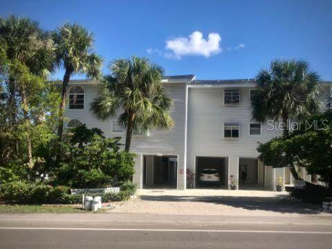20019 Gulf Boulevard #5, Indian Shores, FL 33785 (MLS #G5036165) :: Lockhart & Walseth Team, Realtors