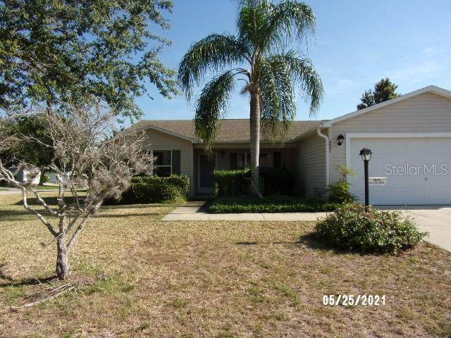8001 SE 175TH COLUMBIA Place, The Villages, FL 32162 (MLS #G5042672) :: Vacasa Real Estate