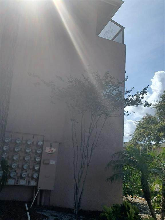 122 Waterfront Way #310, Altamonte Springs, FL 32701 (MLS #G5042828) :: Rabell Realty Group