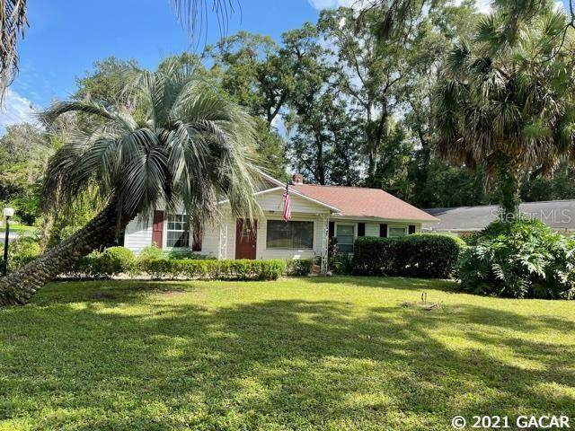 13804 NW 146 Avenue, Alachua, FL 32615 (MLS #GC447410) :: The Curlings Group