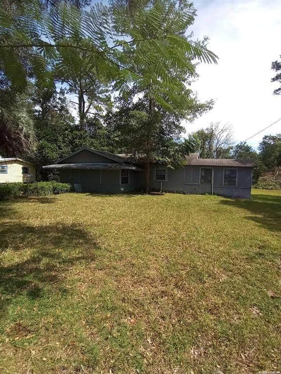 2301 SE 15TH Street, Gainesville, FL 32641 (MLS #GC448370) :: Pepine Realty