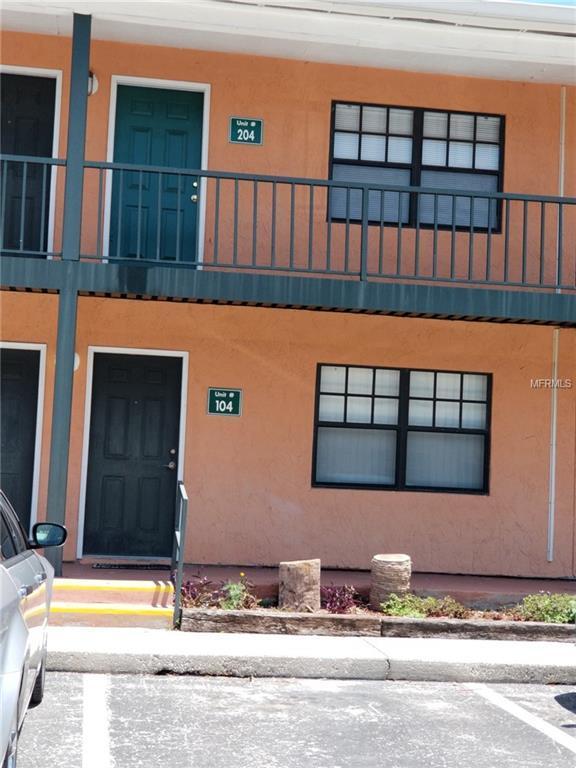 321 Oak Rose Lane #204, Tampa, FL 33612 (MLS #H2400747) :: Lovitch Realty Group, LLC
