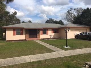 2073 Jessamine Court, Deltona, FL 32738 (MLS #J801489) :: Godwin Realty Group