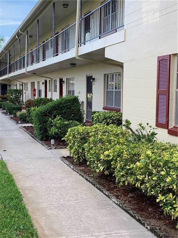 5505 Hernandes Drive #121, Orlando, FL 32808 (MLS #J906916) :: Cartwright Realty