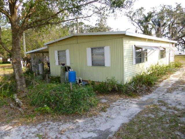 1947 N Lake Reedy Boulevard, Frostproof, FL 33843 (MLS #K4701883) :: The Duncan Duo Team