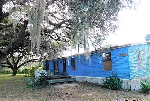 2321 Rosalie Lake Road, Lake Wales, FL 33898 (MLS #K4900697) :: The Duncan Duo Team