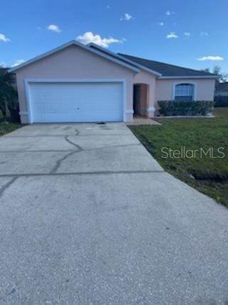 712 Palaiseau Court, Kissimmee, FL 34759 (MLS #K4901179) :: Zarghami Group