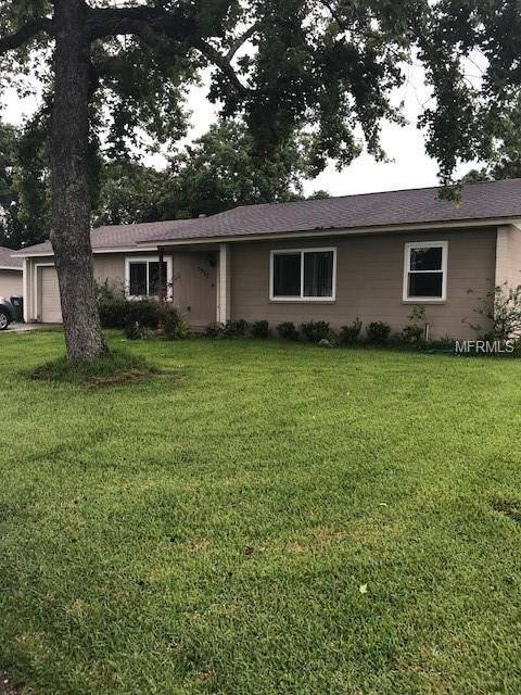 3917 Bent Tree Loop E, Lakeland, FL 33813 (MLS #L4901051) :: RE/MAX Realtec Group