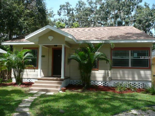 828 Osceola Street, Lakeland, FL 33801 (MLS #L4902924) :: Gate Arty & the Group - Keller Williams Realty