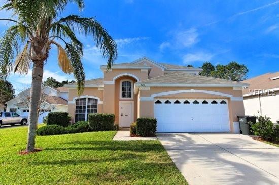 8211 Fan Palm Way, Kissimmee, FL 34747 (MLS #L4903286) :: G World Properties