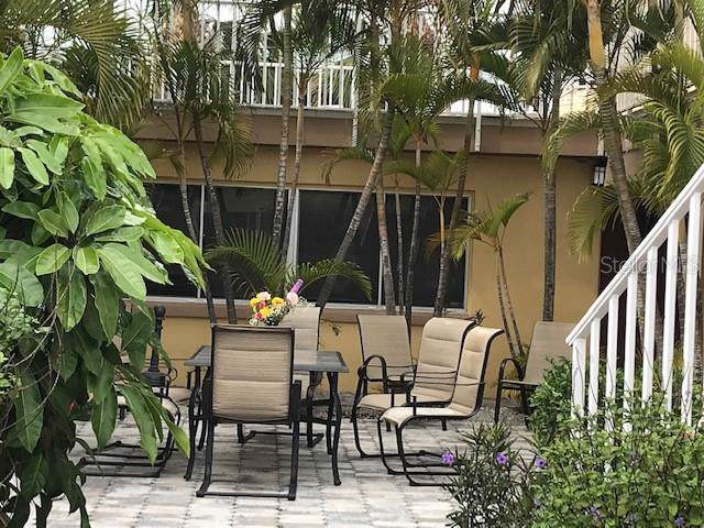 90 144TH Avenue #4, Madeira Beach, FL 33708 (MLS #L4910072) :: Lockhart & Walseth Team, Realtors