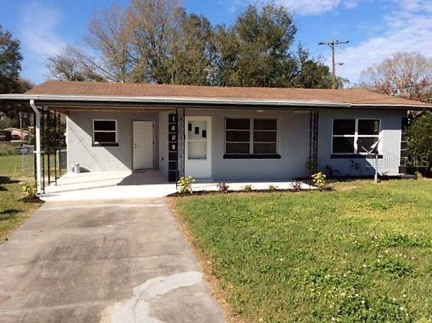 1609 31ST Street NW, Winter Haven, FL 33881 (MLS #L4913587) :: Mark and Joni Coulter   Better Homes and Gardens