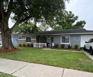 1566 Foxridge Run SW, Winter Haven, FL 33880 (MLS #L4915948) :: Sarasota Home Specialists
