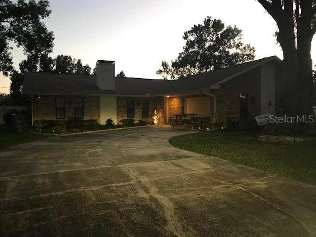 3300 Wren Lane, Mulberry, FL 33860 (MLS #L4918999) :: Young Real Estate
