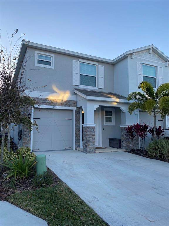 8661 Palmer Park Circle, Sarasota, FL 34238 (MLS #L4920374) :: The Lersch Group