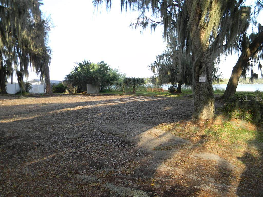 4094 Lake Marianna Drive - Photo 1