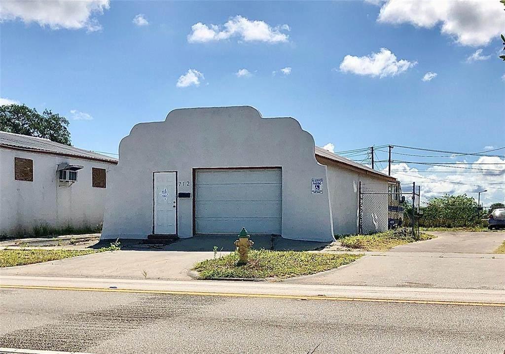 712 Ridgewood Drive - Photo 1